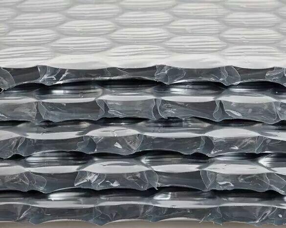 铝箔抗氧化双层纳米气囊反射层