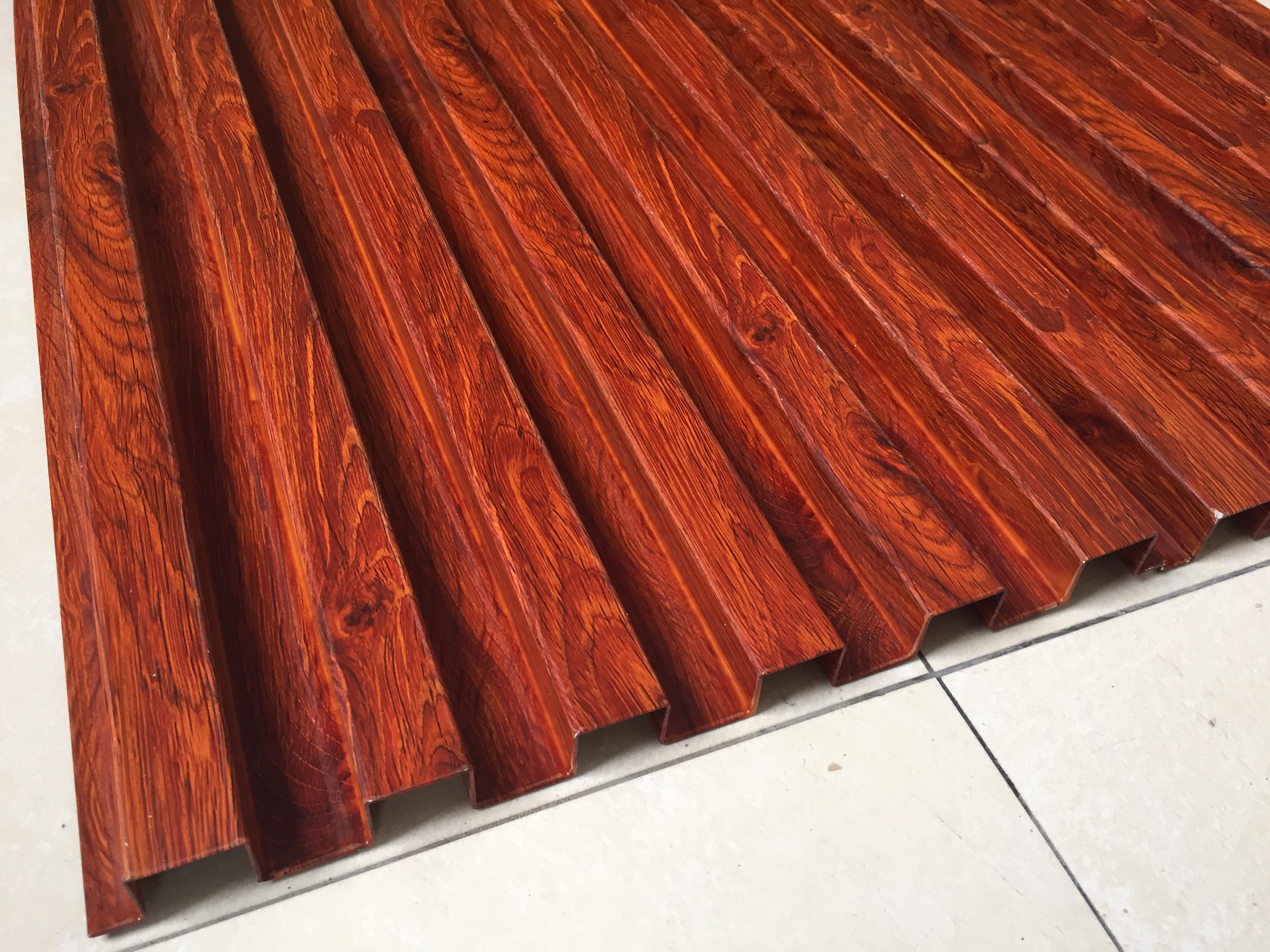 碳烤木墙面造型图