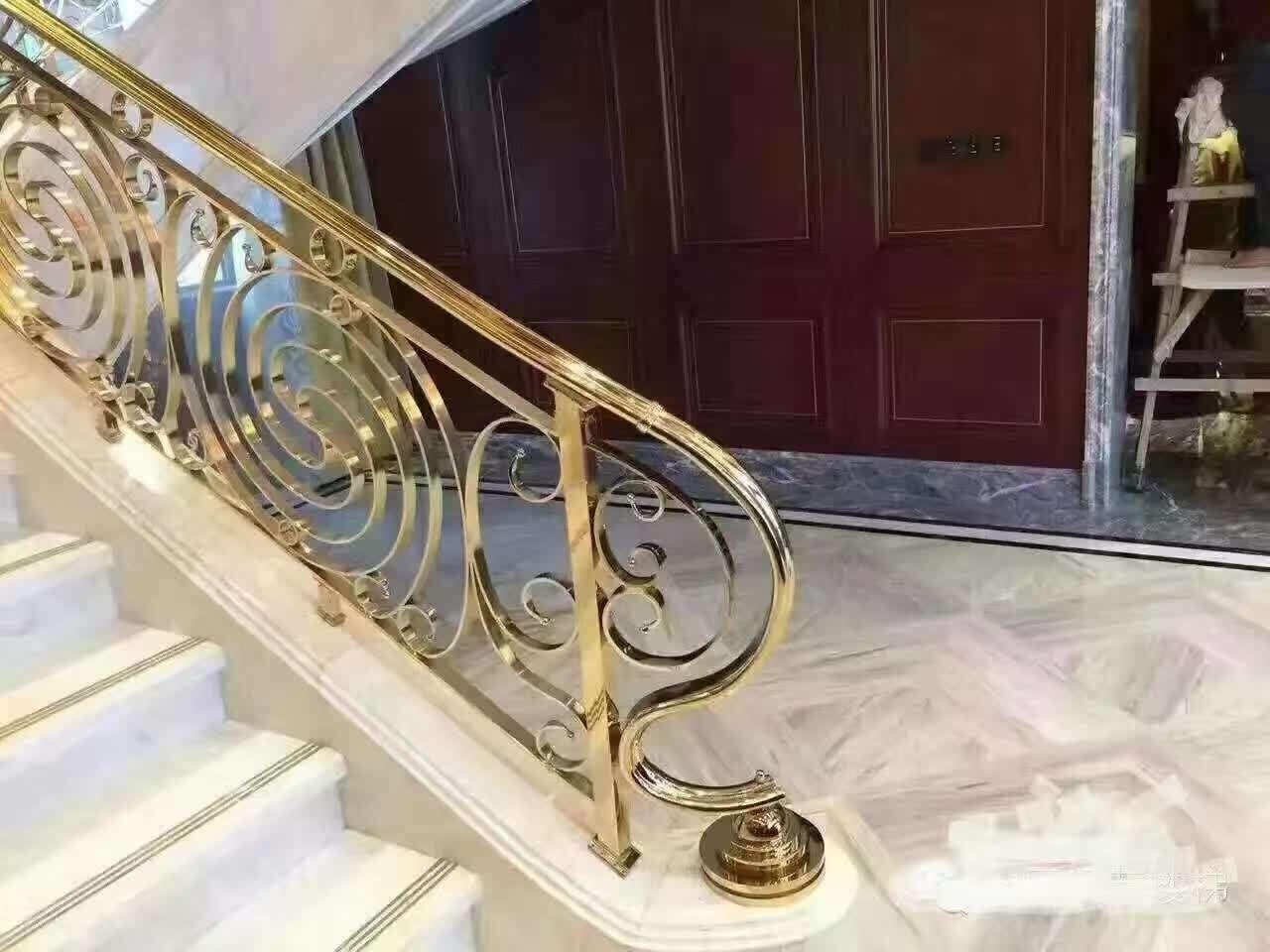 豪华别墅铝艺雕花楼梯护栏厂家