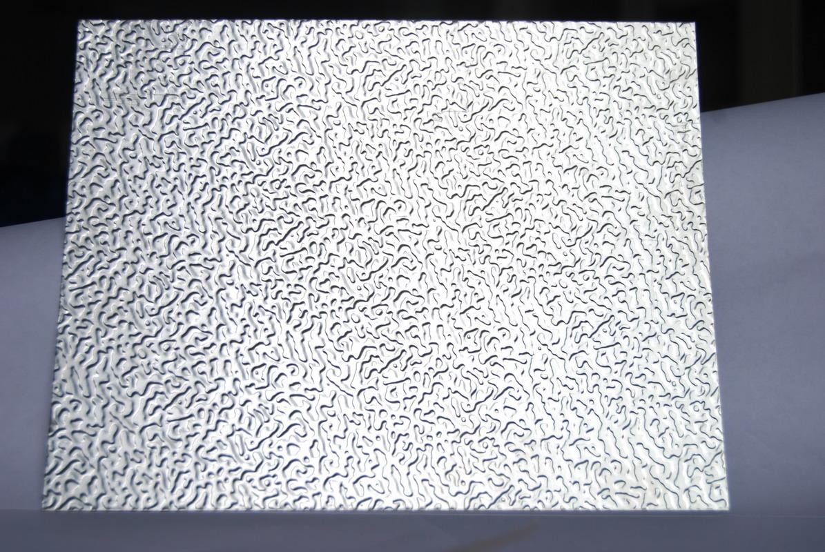 橘皮铝合金花纹板材分为经典橘皮花纹铝板变异