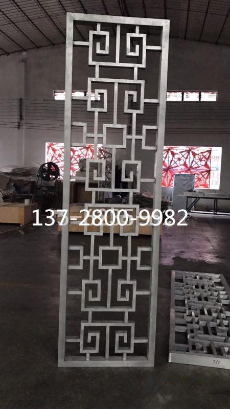 铝本色1530铝窗花 1.2窗花厂家在哪里