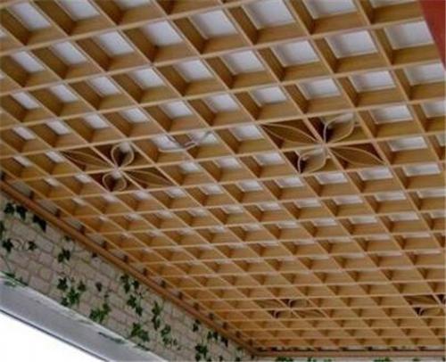 商场铝格栅天花吊顶-白色150格防火方通图片