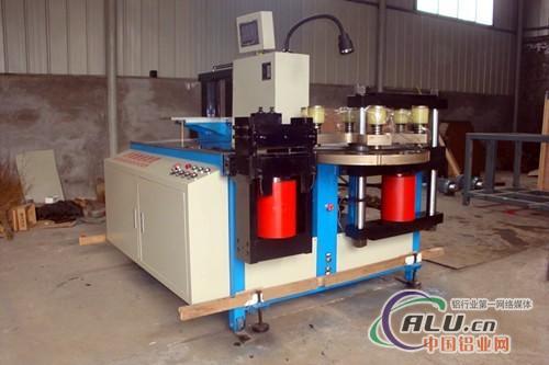 瓦楞机,液压设备图片