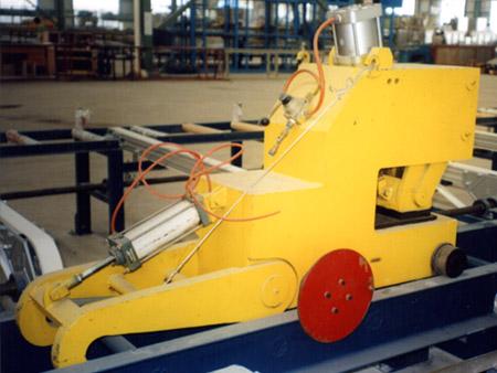 Hydraulic straightener