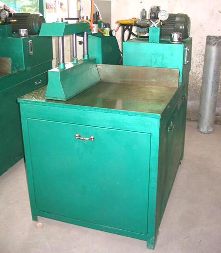 Aluminium section finished stock saw