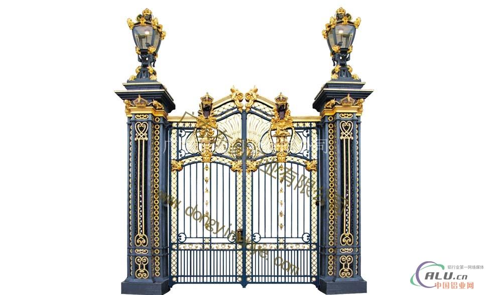 (5)拱形欧式合金门:最具特色欧式拱型门