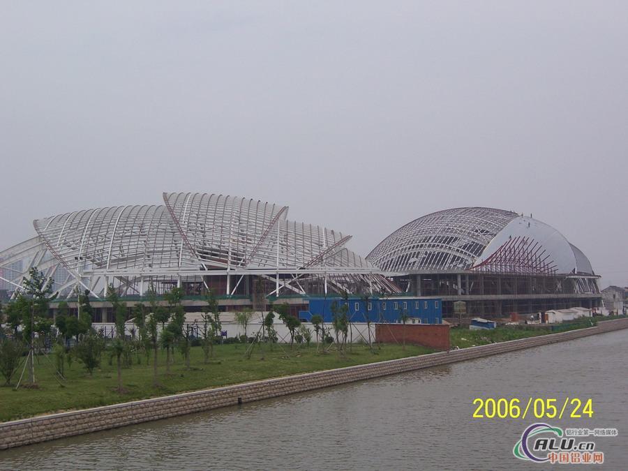 铝镁锰-幕墙铝板-中国铝业网图片