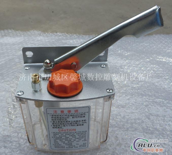 雕刻机专用油泵 雕刻机全套配件批发