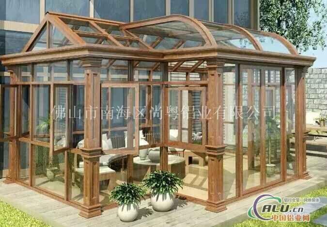 如选用阳光板作为屋顶主材的阳光房可做成弧形图片