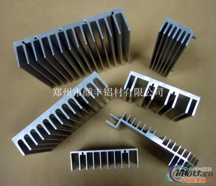 供应工业散热器铝型材