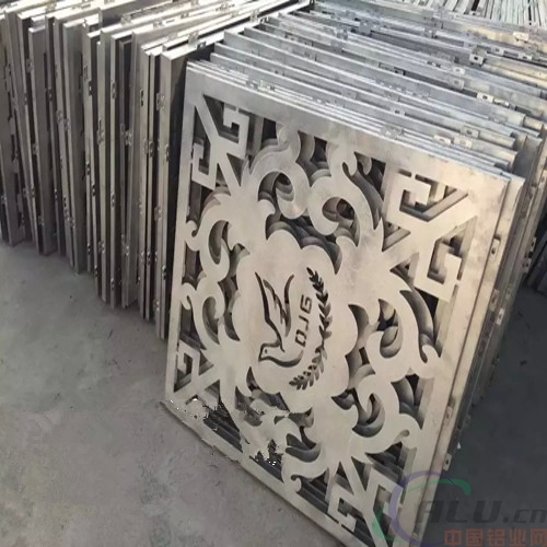 定做商场雕花铝单板厂家