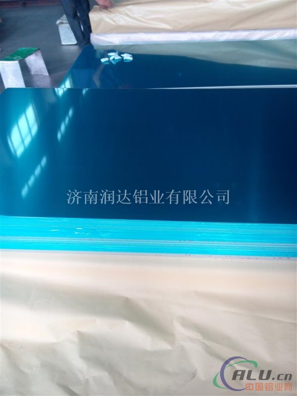 彩涂氟碳铝板