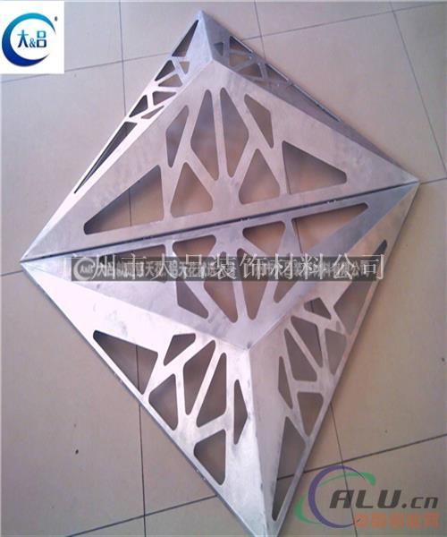 规格齐全涂层均匀外墙挂板镂空铝单板