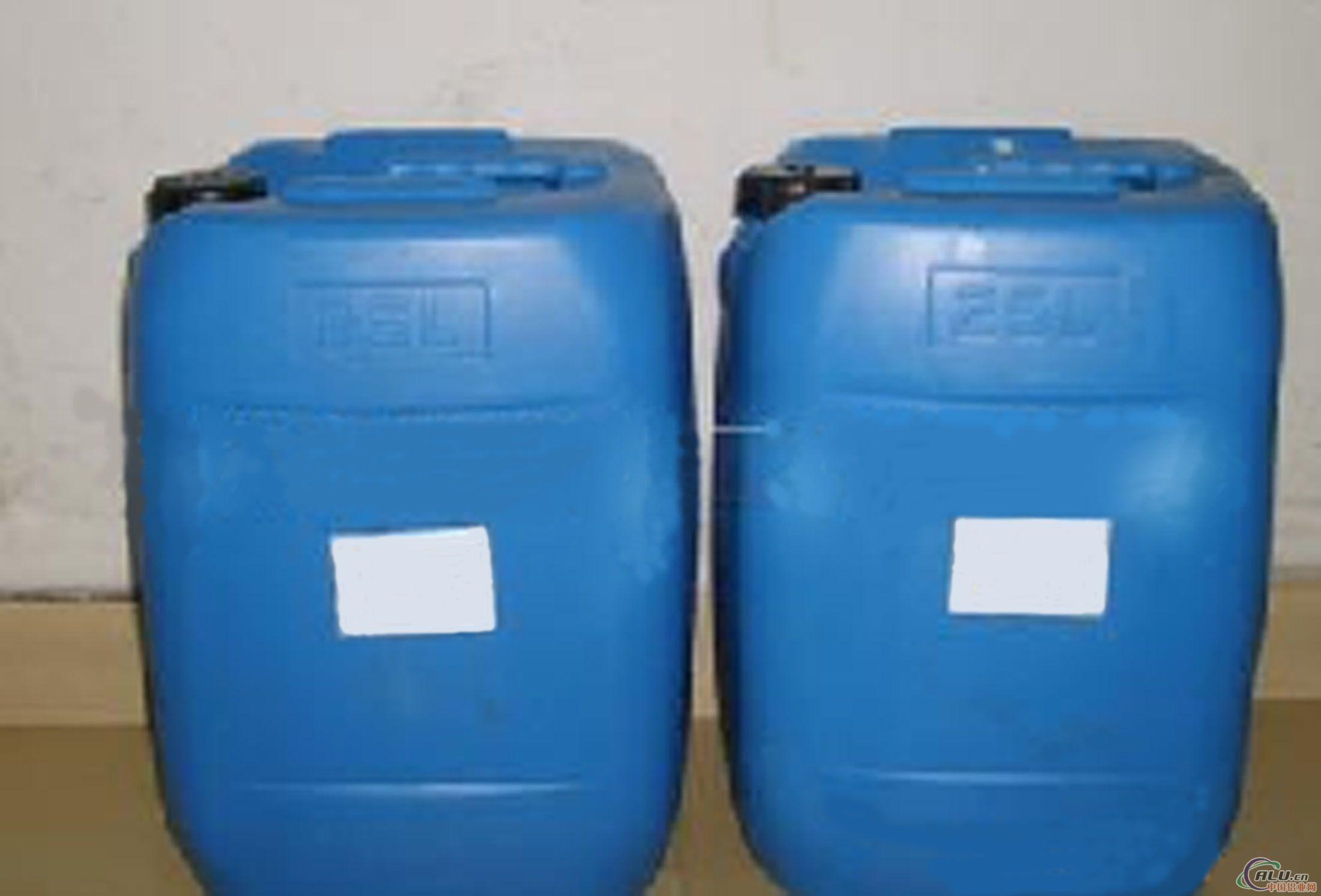产品包装本品采用塑料桶密封包装