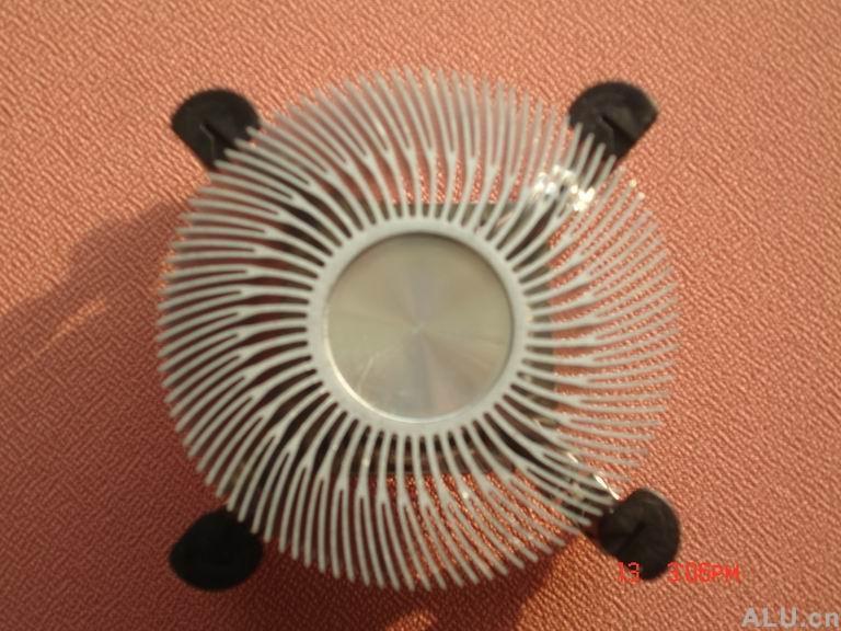 圆型太阳花散热器