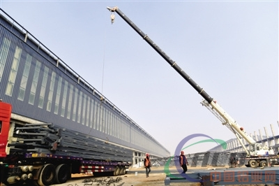 年产62万吨Online Casino板带箔及型材加工项目加紧建设