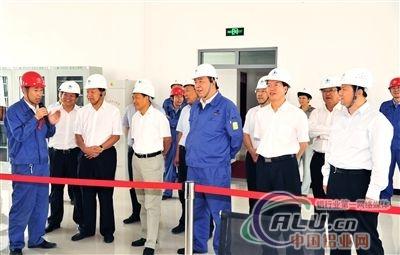 嘉酒风电基地载能特色铝合金项目正式投产