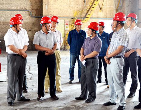 国家节能目标考核组到宁夏能源铝业检查
