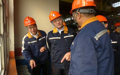 中铝公司董事长、党组书记葛红林一行到华泽铝电调研