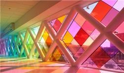 玻璃幕墙与铝合金门窗有什么区别?