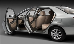 汽车轻量化的必备选择  5052铝板与车门的碰撞