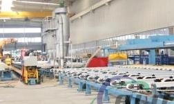 和平铝业新添四条挤压线,生产规模再上台阶 继续扩大产能配置,为市场销售保驾护航