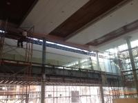 供应广本展厅高低跌级木纹铝单板吊顶