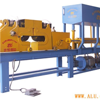 Extruder, indirect pulling machine of gas driven clamp