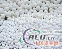 白山市活性氧化铝滤料图