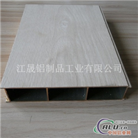 包覆白橡木护墙板