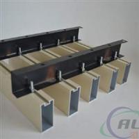 天桥装饰铝方通 铝方通装饰工程