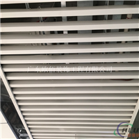万达商场吊顶9016白色铝方通格栅天花