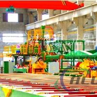 大型挤压机生产各种截面工业铝型材