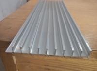 供应电暖气型材