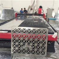 广东雕花铝板现场加工 雕花铝板厂家设备