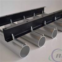 直銷各種規格白色鋁圓管天花吊頂