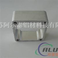 大型挤压机生产各类工业气缸铝型材