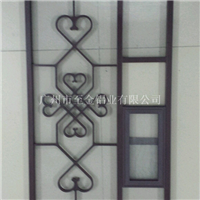 新疆镂空铝窗花型材厂家直销18588600309
