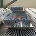 专业生产各种大截面及高倍齿散热器型材