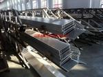 专业挤压生产各种规格工业铝型材