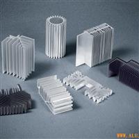 散熱片鋁型材   散熱器鋁型材價格