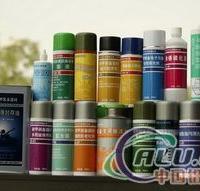 适用于轻、中度锈蚀金属(铝)表面的除锈、防锈处理表面磷化防锈剂