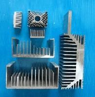 供应铝合金型材+门窗幕墙型材+工业型