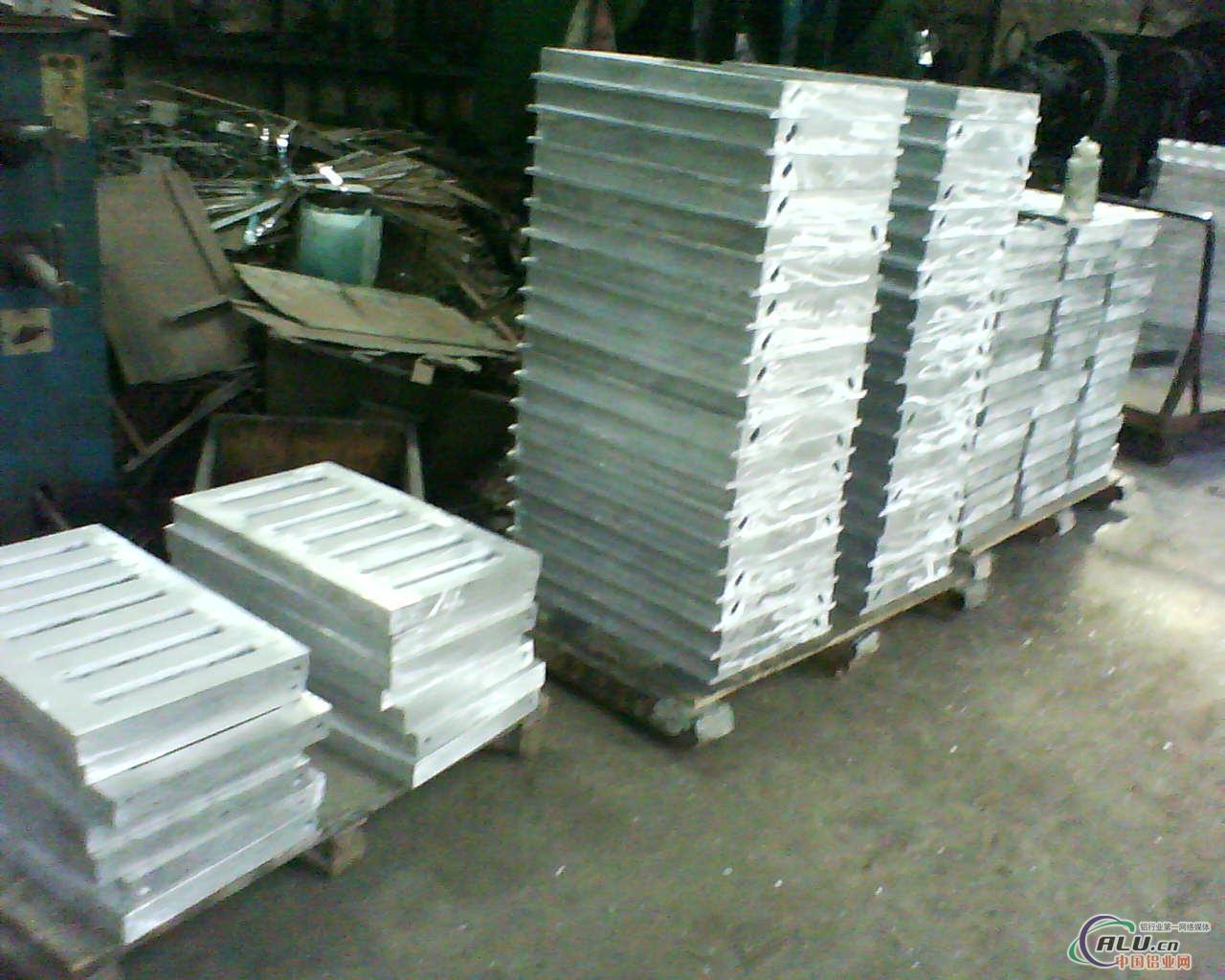 铸铝雨井盖,铸造